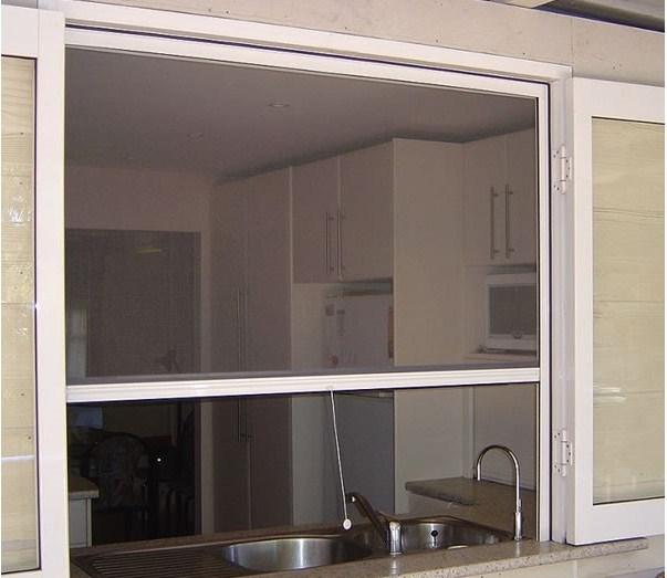 cửa lưới cuốn cho cửa sổ