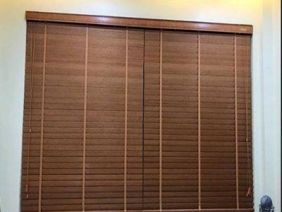 rèm gỗ cho cửa sổ ở khách sạn