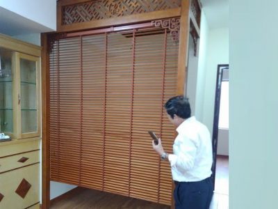 rèm cửa gỗ phòng thờ