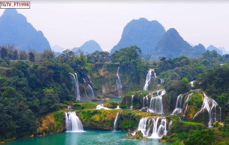 tranh dán tường thác nước đẹp cho mọi không gian