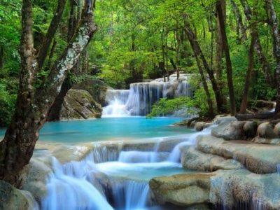 mẫu tranh 3d thác nước đẹp cho phòng khách