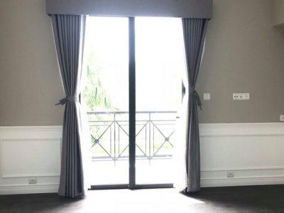 Mẫu rèm cửa cho ô cửa kính